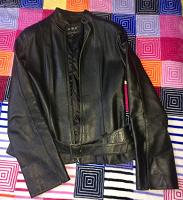 Отдается в дар Куртка кожа (экокожа)
