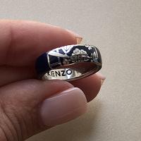 Отдается в дар Ювелирное кольцо от бренда KENZO
