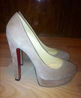 Отдается в дар Женские туфли 39 размера Vero Cuoio
