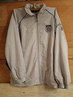 Отдается в дар куртка UMBRO England (м)