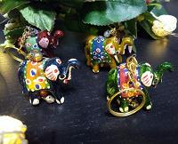 Отдается в дар Брелоки из Индии — Слоны и утка