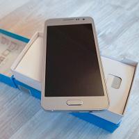Отдается в дар Samsung Galaxy A3 SM-A300F