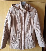 Отдается в дар Демисезонная куртка светло-песочного цвета