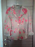 Отдается в дар Женский пиджак 44 размер