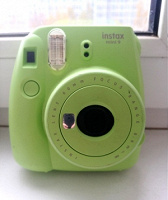 Отдается в дар Фотоаппарат моментальной печати Fujifilm Instax Mini 9
