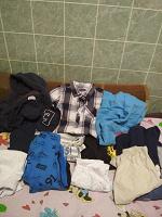 Отдается в дар Пакет одежды на мальчика, б.у 110-116, в нормальное состояние.
