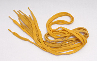 Отдается в дар Желтые шнурки, две пары.