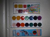 Отдается в дар Краски акварель и цветные карандаши