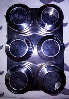 Отдается в дар Набор для специй на магнитной подставке