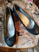 Отдается в дар Новые туфли размер 36