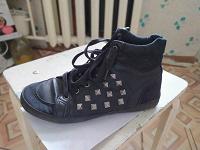 Отдается в дар Кеды H&M (37й размер, женские)
