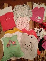 Отдается в дар Вещи на девочку примерно от 6 месяцев до 2 лет