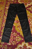 Отдается в дар Атласные черные брюки 40 — 42 размера