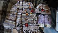 Отдается в дар Шапка, шарф и рукавички для девочки
