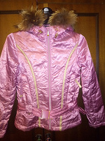 Отдается в дар Куртка для девочки 140