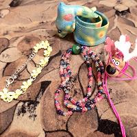 Отдается в дар Украшения для девочки и кучка мелких игрушек