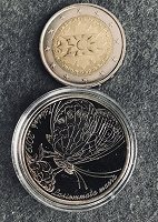 Отдается в дар Две весенние монетки