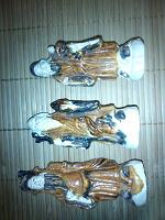 Отдается в дар Керамические фигурки старцев