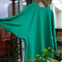 Отдается в дар изумрудное платье 52-56