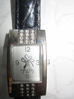 Отдается в дар Часы Avon