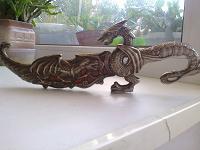 Отдается в дар сувенирный нож на ножках