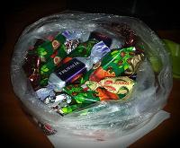 Отдается в дар Маленький пакетик с конфетами