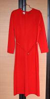 Отдается в дар Красное платье р.48-50