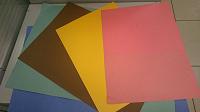 Отдается в дар Плотная цветная бумага
