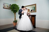 Отдается в дар свадебное платье 42-46 р