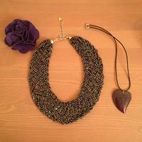 Отдается в дар Ожерелье, брошь и кулон из камня