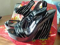 Отдается в дар Туфли на платформе 13,5 см