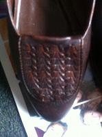 Отдается в дар кожаные туфли