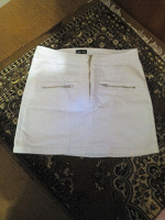 Отдается в дар Белая юбка р 42-44
