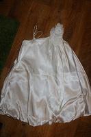 Отдается в дар Платье праздничное, белое…