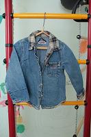 Отдается в дар Рубашка- куртка джинса