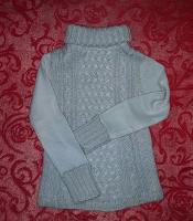 Отдается в дар Тёплый свитер
