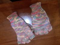 Отдается в дар Перчатки-рукавички.