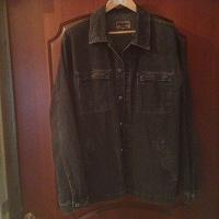 Отдается в дар Мужская джинсовая плотная рубашка