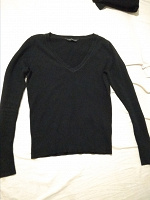 Отдается в дар Черный свитерок