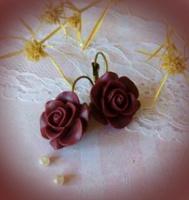 Отдается в дар Серьги «Винные розы», готика