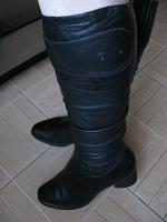 Отдается в дар Сапоги зимние и ботинки деми.