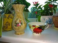 Отдается в дар Ваза и одинокая чашка