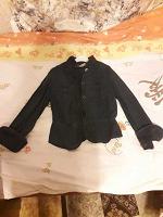 Отдается в дар детская одежда пиджак