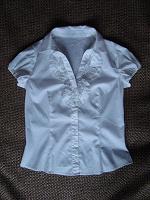 Отдается в дар Белые блузки с коротким рукавом. Р. 42, 44-48