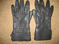 Отдается в дар Кожаные перчатки.