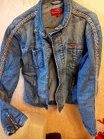 Отдается в дар куртка джинсовая L