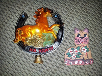 Отдается в дар Магниты «выпуклые» — Лошадь и Кот
