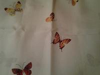 Отдается в дар Скатерть с бабочками