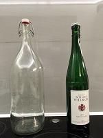 Отдается в дар Бутылки с пробками