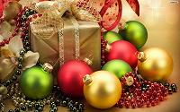 Отдается в дар Новогодний подарок под ёлку (конфеты +книжка или игрушка)